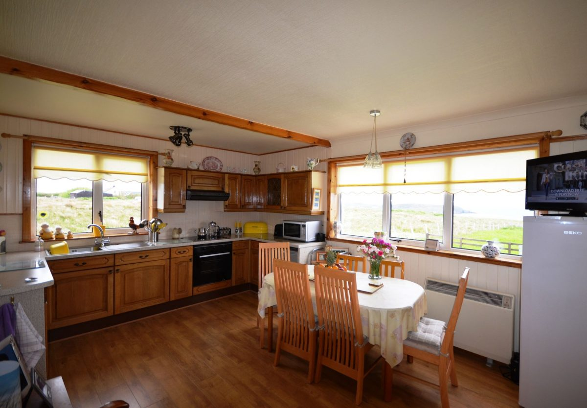 Kitchen Diner Flooring Croft And Dwelling House At 7b Upper Aird Point Isle Of Lewis